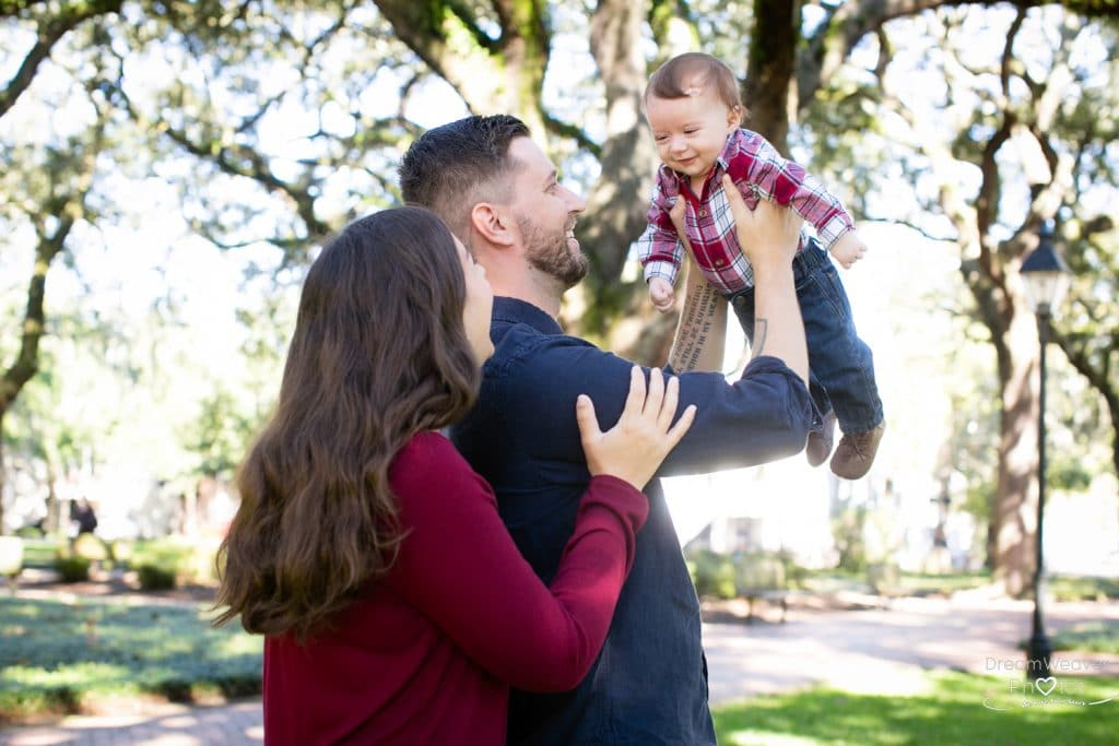 family photos in Pulaski square savannah ga